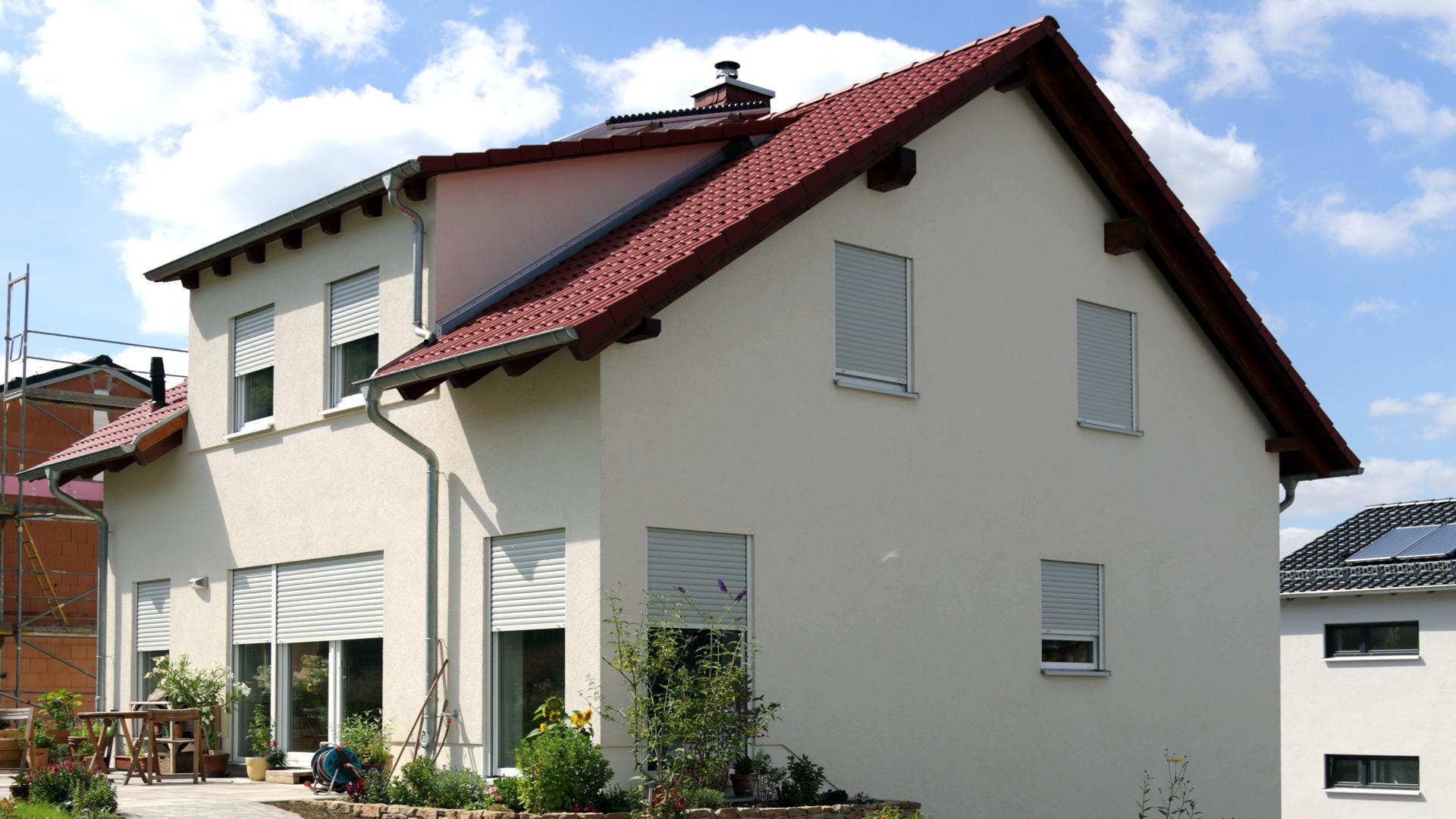 Wohnbaukonzept efh klassisch for Klassisches einfamilienhaus